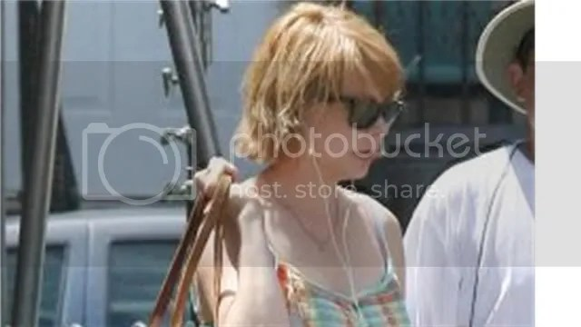 michelle williams filming waltz