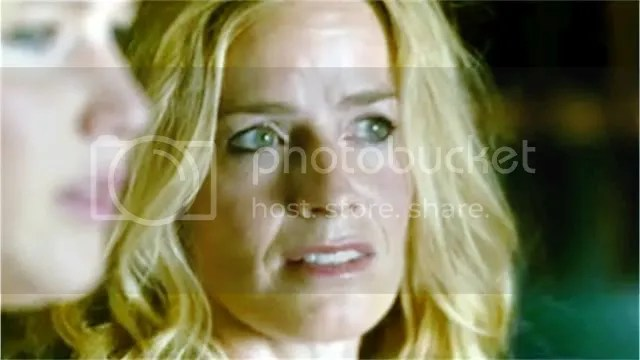 Elizabeth Shue in House at the End of the Street