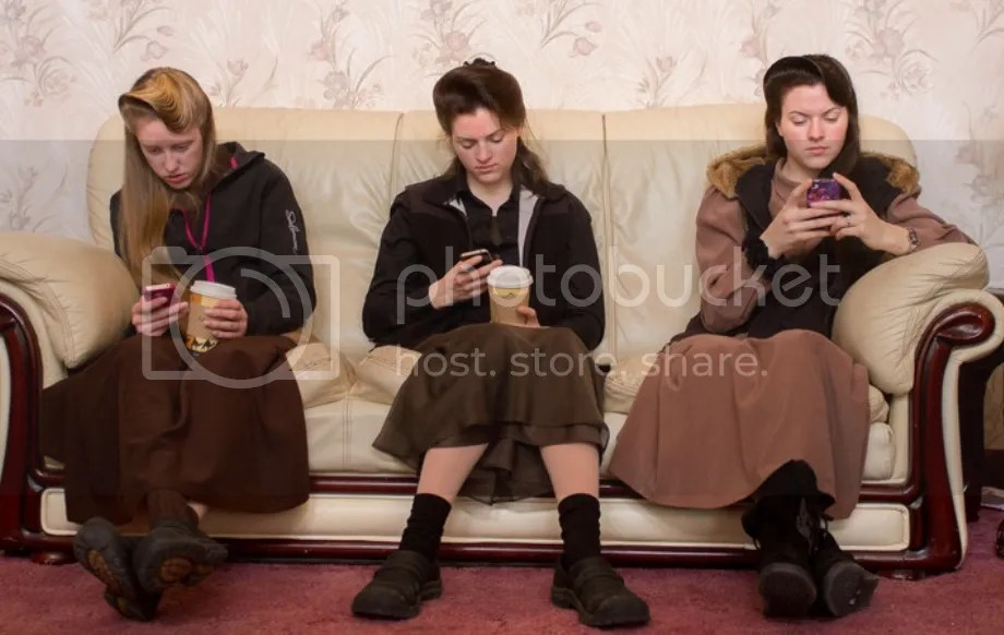 Young women leaving FLDS church