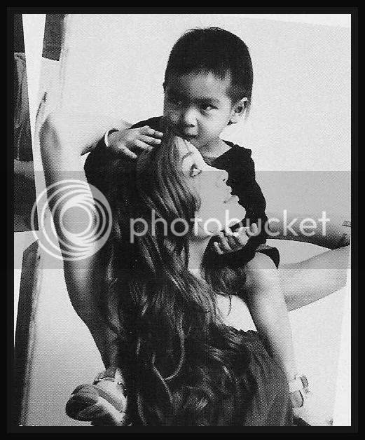 maddox.jpg Angelina Jolie with son Maddox image by sasi2005