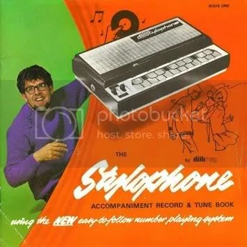 https://i1.wp.com/i158.photobucket.com/albums/t118/biabal/Rolph_Harris-Stylophone_b.jpg