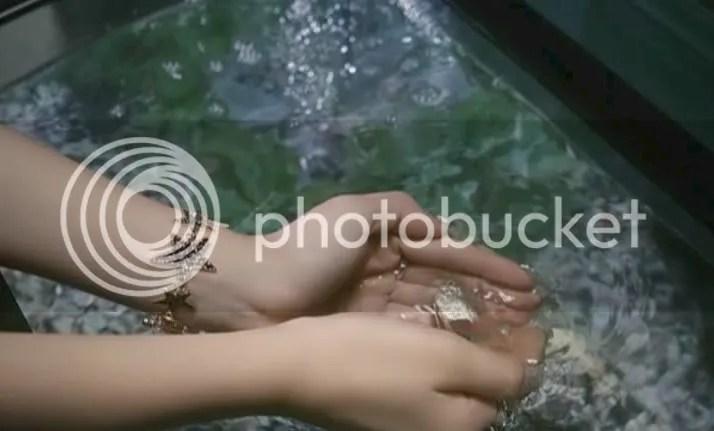 Hirano Aya - LOVE★GUN PV 18.