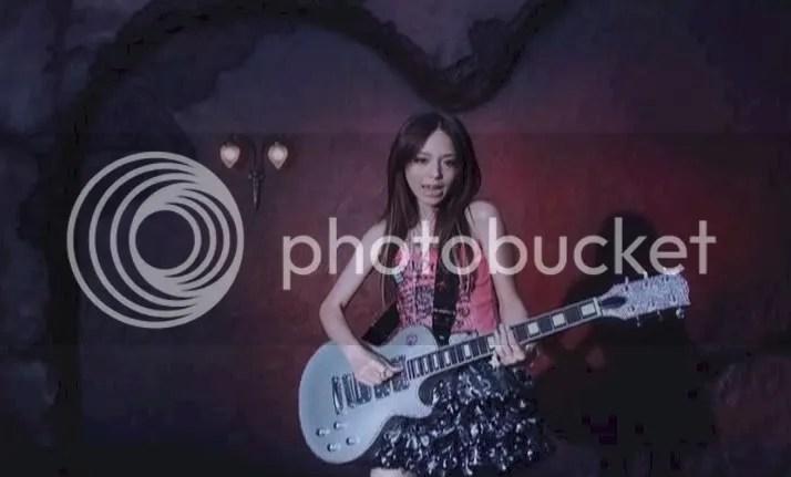 Hirano Aya - LOVE★GUN PV 6.