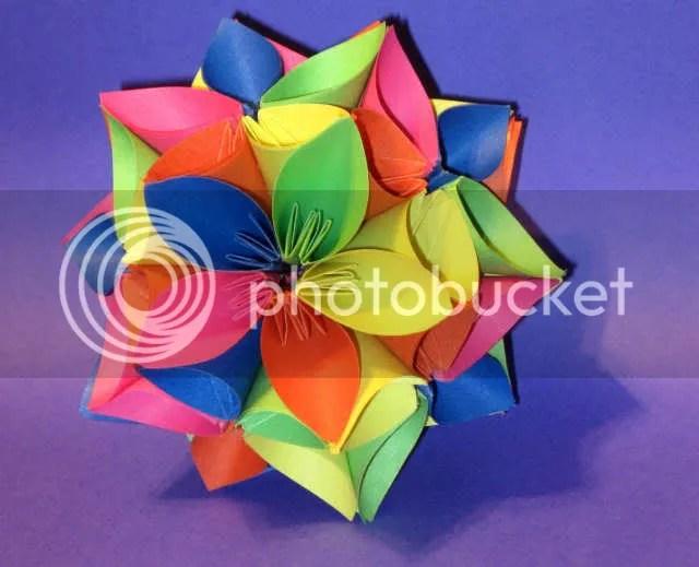 Origami Kusudama Aniversary