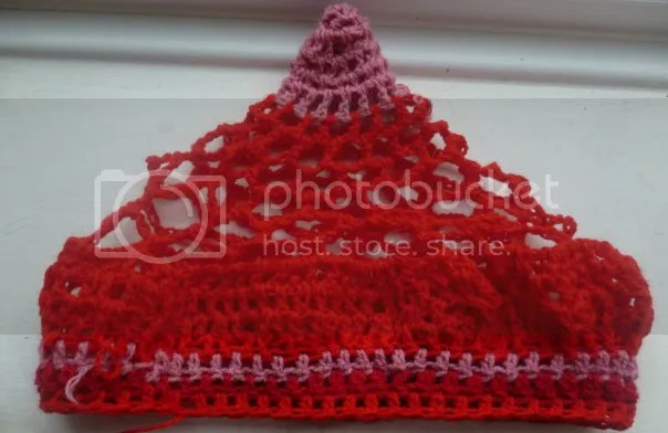 https://i1.wp.com/i165.photobucket.com/albums/u61/veldagia/Crochet/freeform%20hats/036.jpg