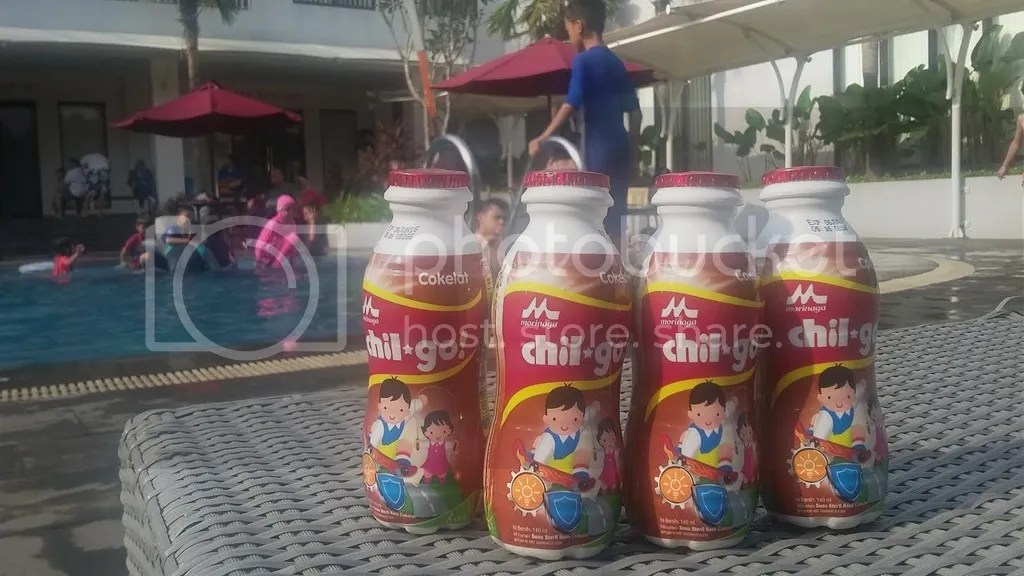 photo susu kolam renang_zpsnrzz4g5i.jpg