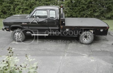 First Gen Cummins Extended Cab Flatbed | Bed Linen Gallery
