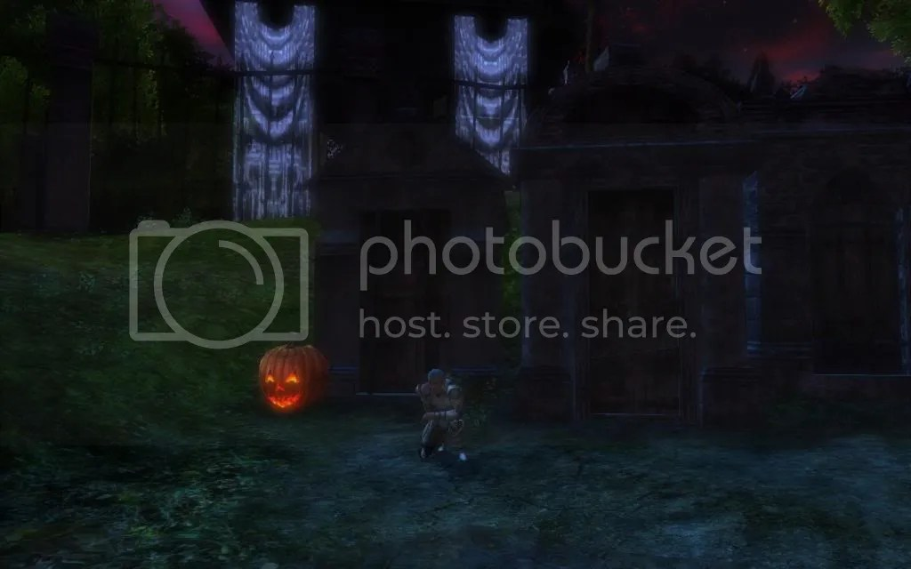 Hammy kneeling before the tombs in Delera's Graveyard photo HammykneelingbeforethetombsinDeleras_zpsed25e85e.jpg