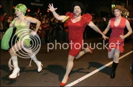 drag queen photo: drag (queen) race 071031_p33_specialpn1.jpg