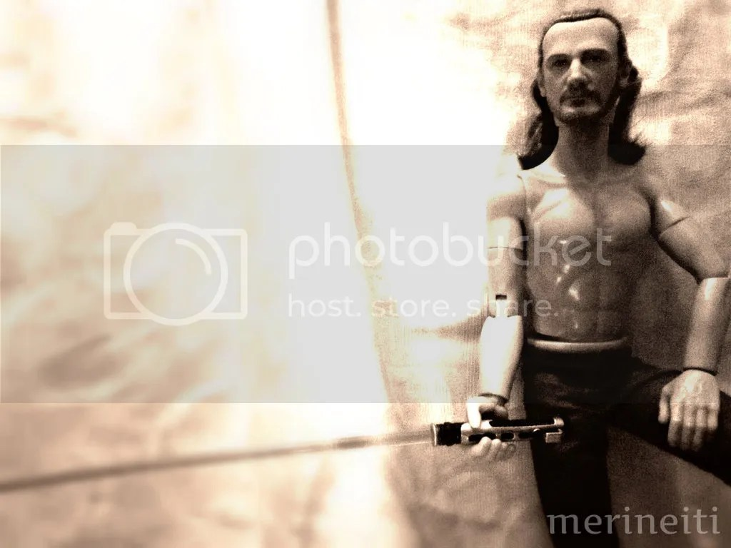 photo shirtless-qui-gon.jpg