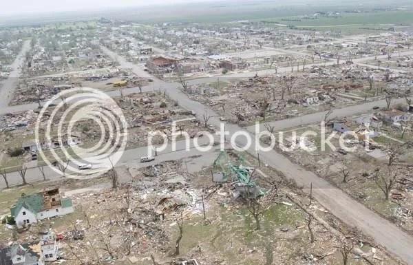 Greensburg, Kansas May 4 tornado aftermath Pictures, Images and Photos