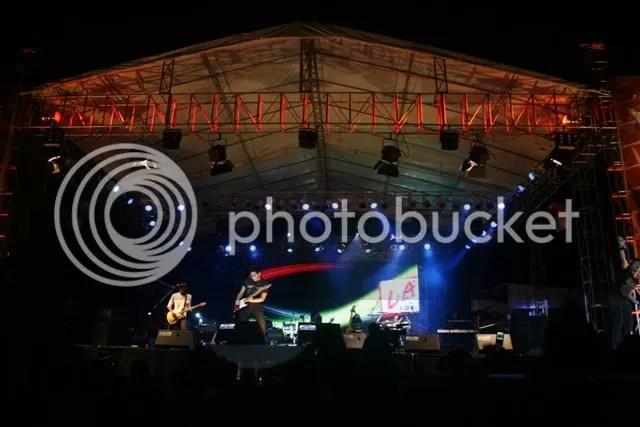 Acara konser yang terselengara atas dukungan penuh salah satu merk rokok dan Pemkot memberikan tampilan yang terbaik pada HUT Kota Samarinda yang ke-341