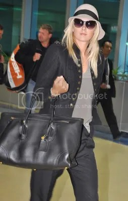Photos: Maria Sharapova arrives to Taipei for tennis exhibition