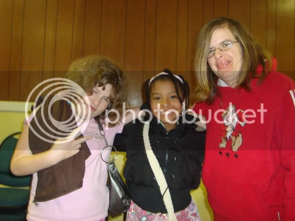 Amber, Auntie and Kianna