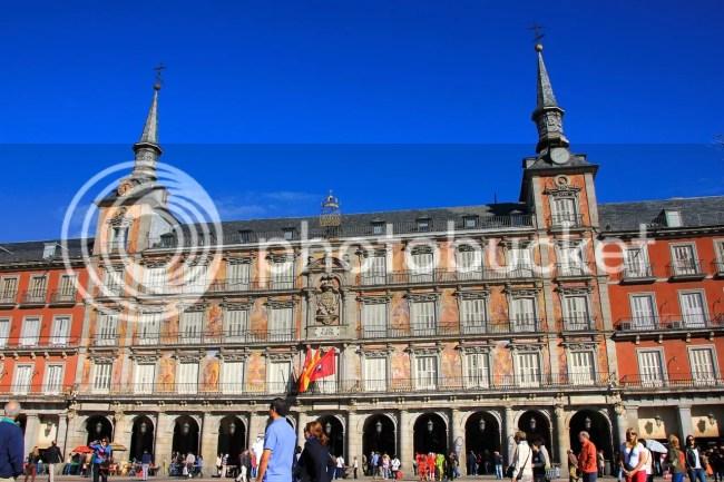 https://i1.wp.com/i181.photobucket.com/albums/x35/jwhite9185/Madrid/file-130.jpg?resize=650%2C433