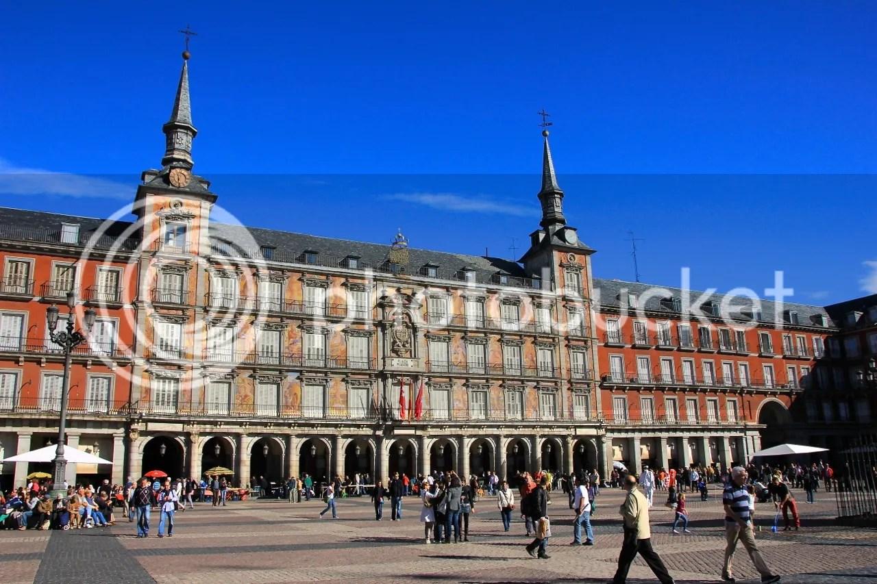 https://i1.wp.com/i181.photobucket.com/albums/x35/jwhite9185/Madrid/file-132.jpg