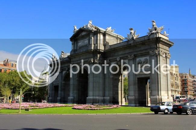 https://i1.wp.com/i181.photobucket.com/albums/x35/jwhite9185/Madrid/file-143.jpg?resize=650%2C433