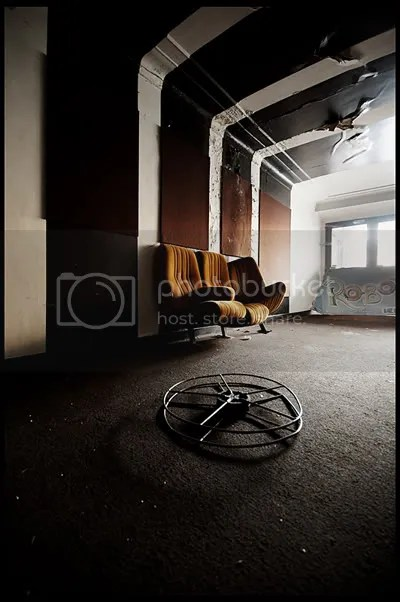 urbex,  urban exploration,  decay,  abandoned,  belgie, belgium, belgique, architecture,  photography,  urban,  exploration, verlaten, fotografie, cinema, bioscoop, velvet, chairs, film, reels, movie, poster
