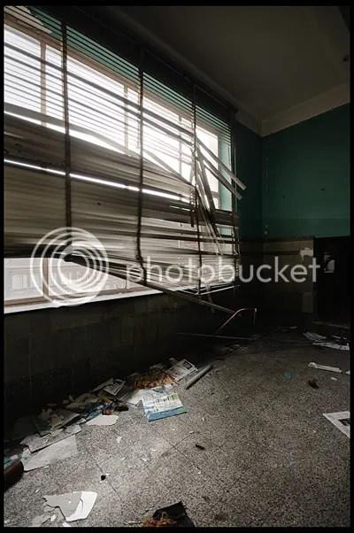 urbex,  urban exploration,  decay,  abandoned,  belgie, belgium, belgique, architecture,  photography,  urban,  exploration, verlaten, fotografie, ecole, school, cj