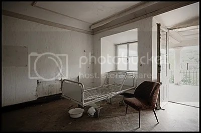 duitsland, germany, deutschland, abandoned, verlaten, photography, fotografie, decay, urban, exploration, urbex, abandonnee, architecture, schloss, castle, nursing, home, elderly
