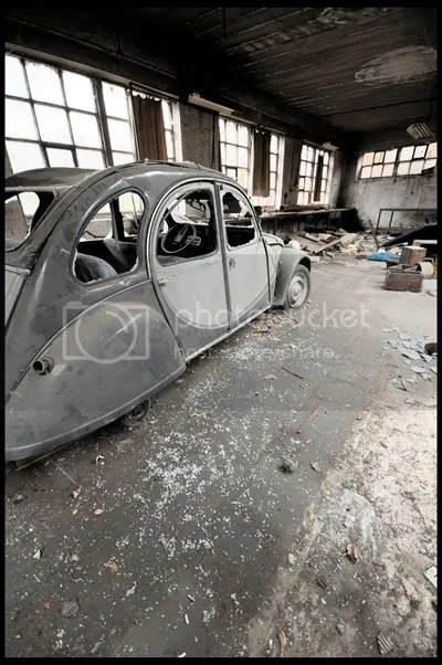 urbex,  urban exploration,  decay,  abandoned,  belgium,  belgique, architecture,  photography,  urban,  exploration, industry, factory, BMW, Nattehof, fabriek, Citroen, 2CV, oak