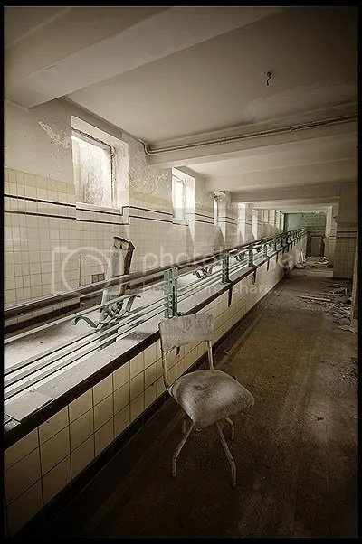 abandoned, architecture, belgique, belgium, decay, exploration, photography, urban, urban exploration, urbex, preventorium, modernist, modern, institute, clinic, children, lung, disease, diseases, treatment, atelier, ateliers, artist, artists