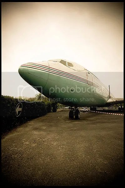 belgium, belgie, abandoned, verlaten, photography, fotografie, decay, urban, exploration, urbex, belgique, abandonnee, architecture, sabena, plane, boeing, 707, vliegtuig, airplane, air, carrier, pan, am, american, airlines, benin