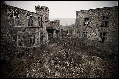 urbex,  urban exploration,  decay,  abandoned,  belgium,  belgique, architecture,  photography,  urban,  exploration, castle, Chateau, 1302, Lords, Haneffe, Counts, La, Marck, ruin, ruins, William, civil, war, Prince-Bishop, John, Hornes, Wars, Religion, Spanish, occupier, 1568, John, Groesbeeck, Duke, Charles, Arenberg, Counts, Oultremont, 1812, 1869, French, Revolution