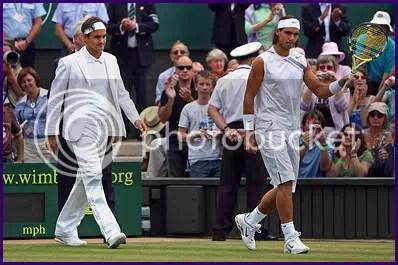 Roger Federer in suit at Wimbledon 2007