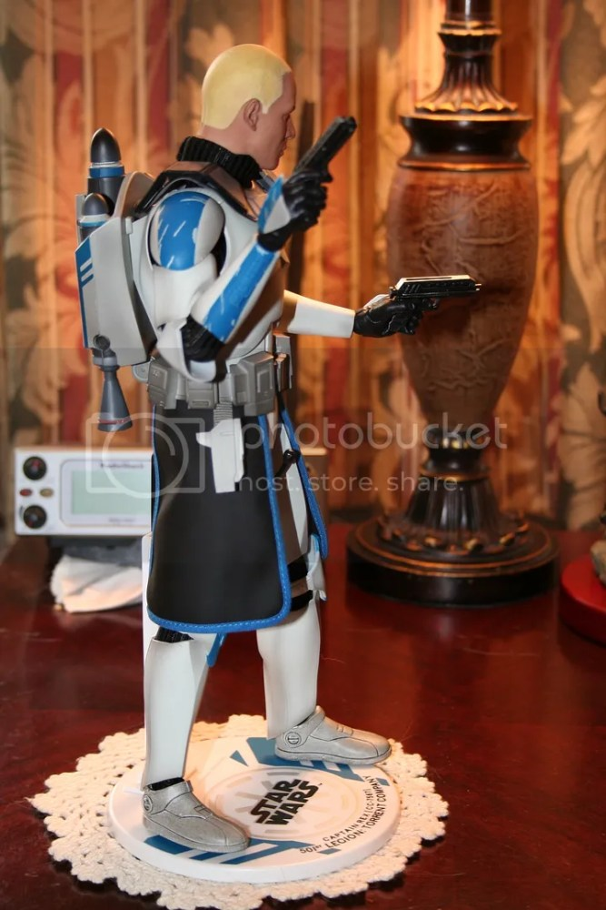 Sideshow Collectibles Star Wars Clone Wars Captain Rex Review (4/6)
