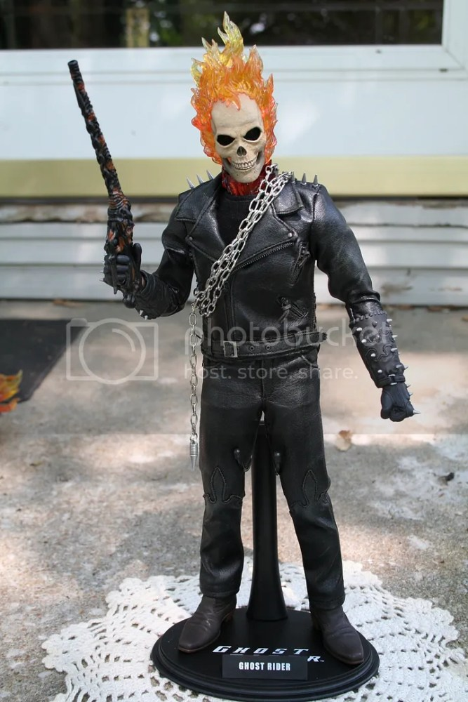 Hot Toys Ghost Rider 1:6th Figure Review (1/6)