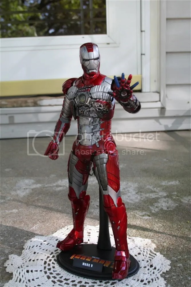 Hot Toys Iron Man 2 Mark V Review (1/6)