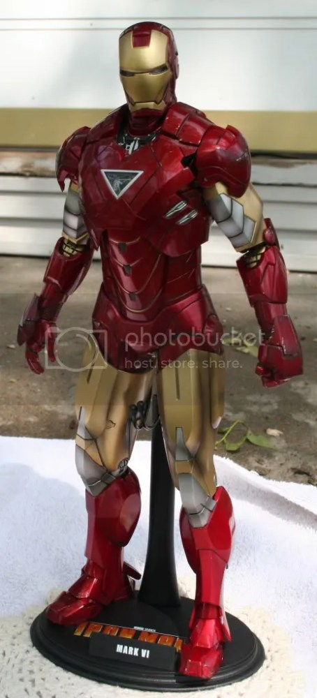 Hot Toys Iron Man 2 Mark VI Review (1/6)