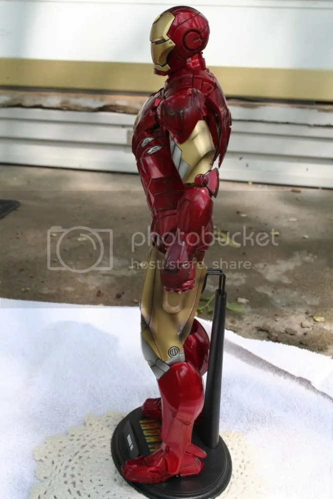 Hot Toys Iron Man 2 Mark VI Review (4/6)