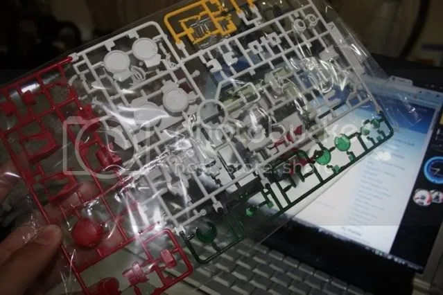 The A frame, and also some of the parts for exia repair, L frame