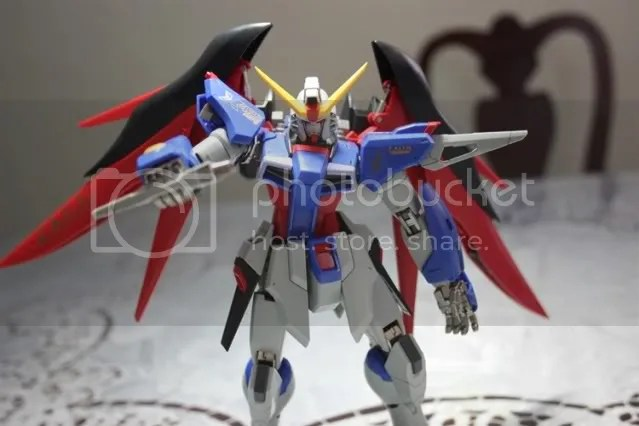 The beam sabers snugly fit on his shoulders. Theyre not really beam sabers though, more like beam boomerangs.