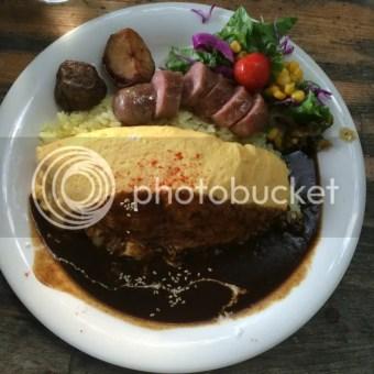 Yuiga Dokuson curry omurice