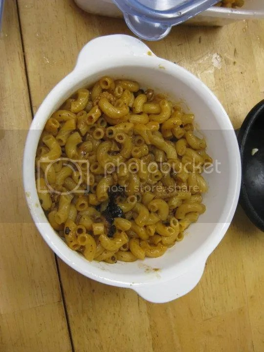 bbq macaroni photo 29845_442448991208_4322296_n.jpg