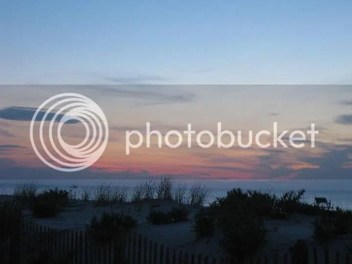 the last sunrise i saw @ PPB.. photo 38172_465026896208_4252983_n.jpg
