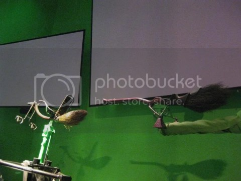 this is how they filmed quidditch.. they were just sitting on stationary brooms. photo 598955_10151056682466209_286257775_n.jpg