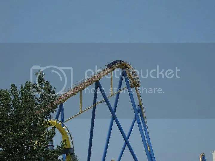 i told you i said it got stuck. photo 36391_458608626208_2221933_n.jpg