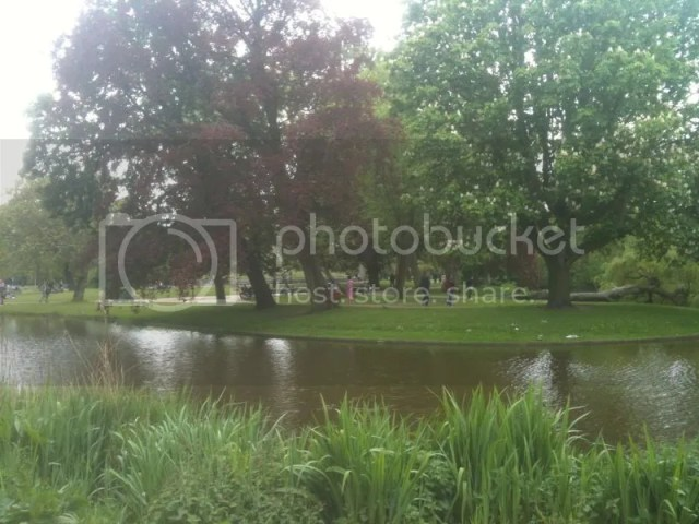 Day 10: at vonderpark! Outside my hostel~ photo 474825_10151001881406209_227601718_o.jpg