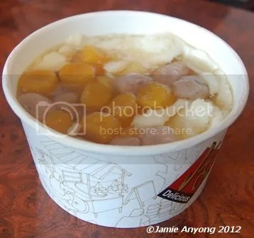 sweet beancurd soup
