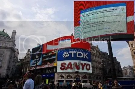 Microsoft Error invades Piccadilly Circus