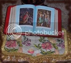 Biblia-con-sombra.jpg picture by soroicvva