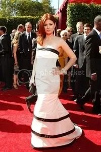 Debra Messing at Emmy Awards 2007