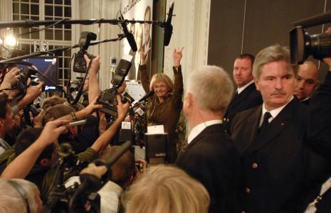 Pia Kjærsgaard ankommer til Christiansborg valgaften 2007