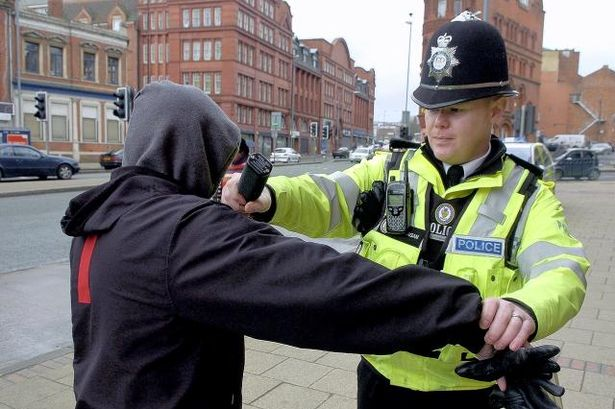 Police Using Stop And Search Powers On Under-tens