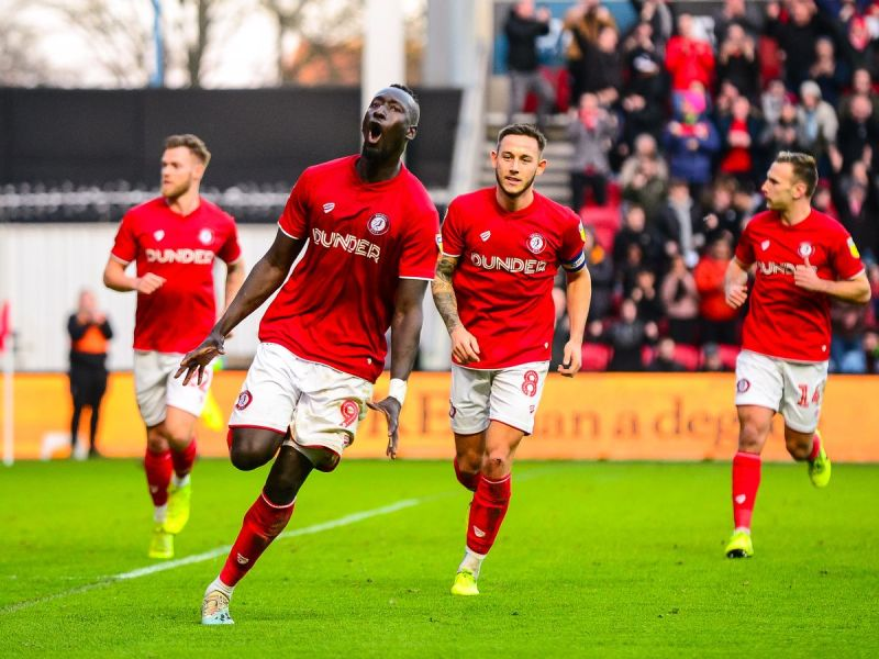 Bristol City 3-0 Luton Town: Report and reaction as Robins return to  winning ways - Bristol Live