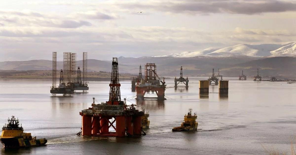 Výsledek obrázku pro cromarty firth oil platforms